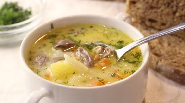 Бесподобный сырный суп с куриными сердечками: всегда вкусно