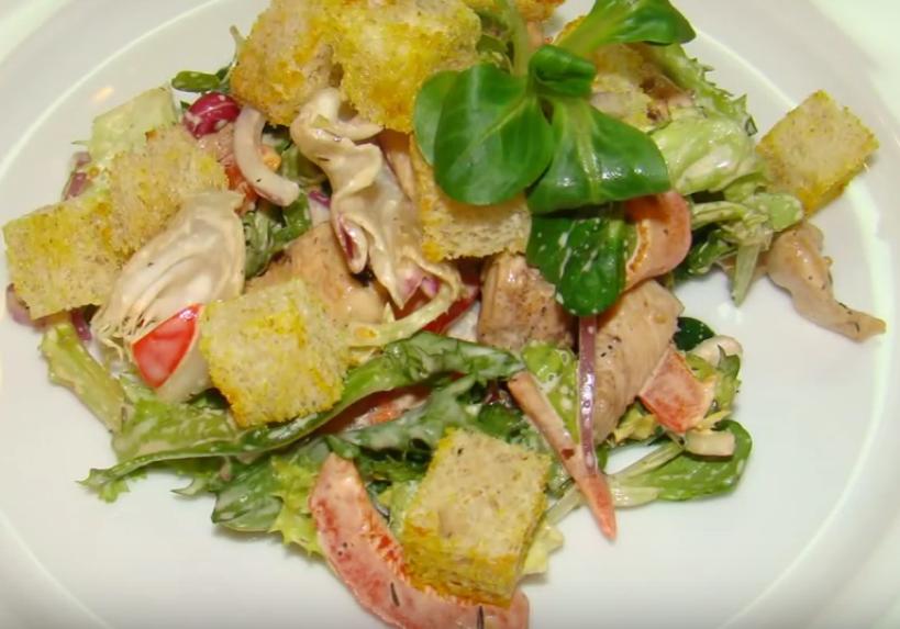 Необычайно вкусный теплый салат