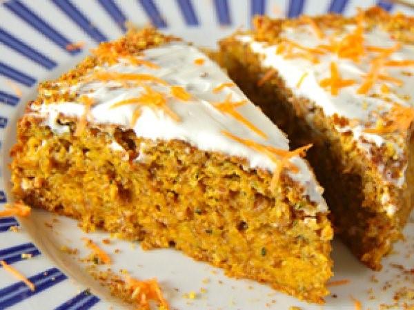 Очень аппетитный морковный пирог с черносливом