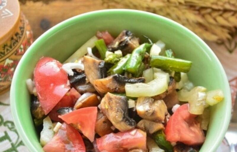 Вкусный постный салат с шампиньонами