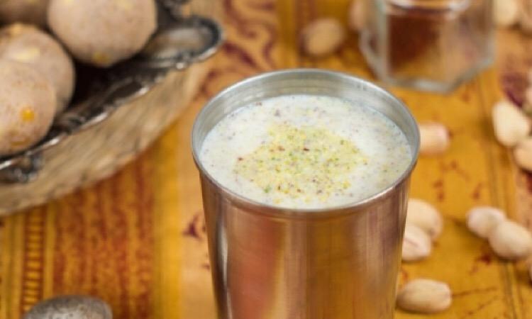 Потрясающе вкусное молоко по-индийски