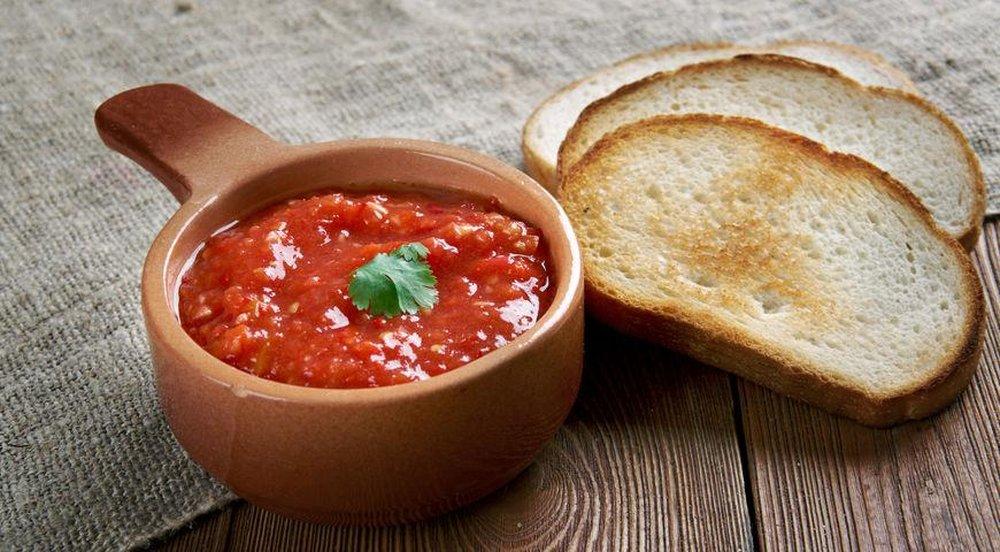 Изумительная аджика: соус к любому блюду