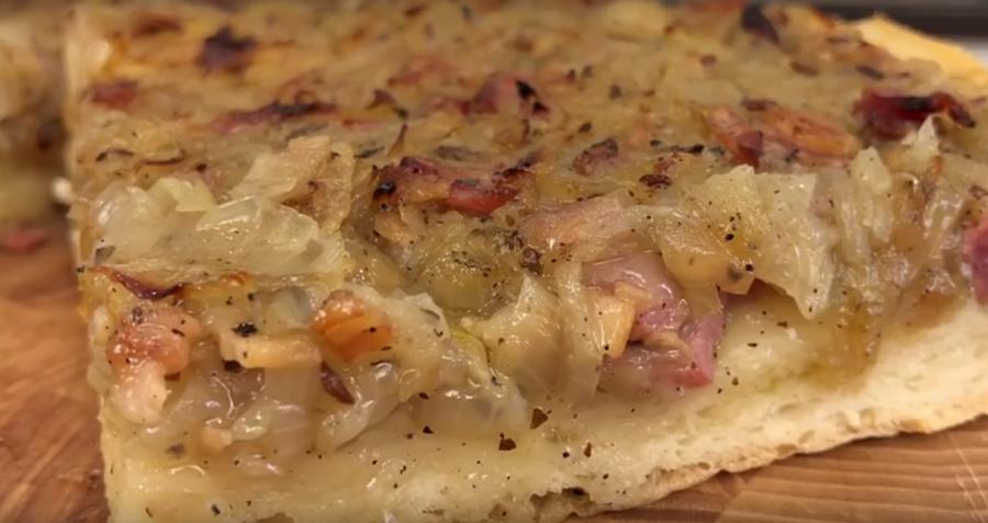 Знаменитый немецкий луковый пирог: результат превзошел все ожидания