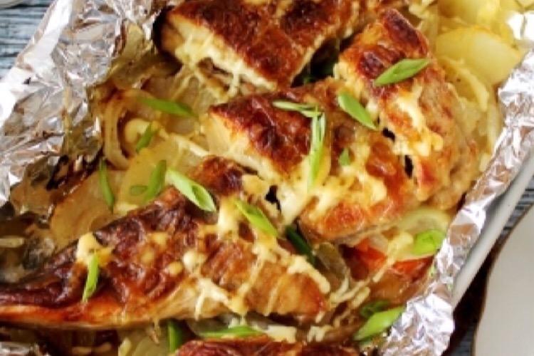 Потрясающая щука с картофелем в духовке