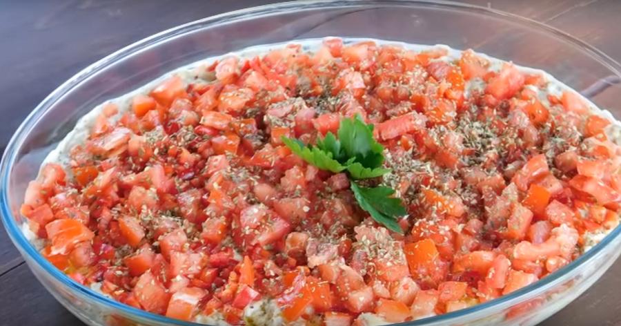 Оригинальный овощной салат к шашлыку