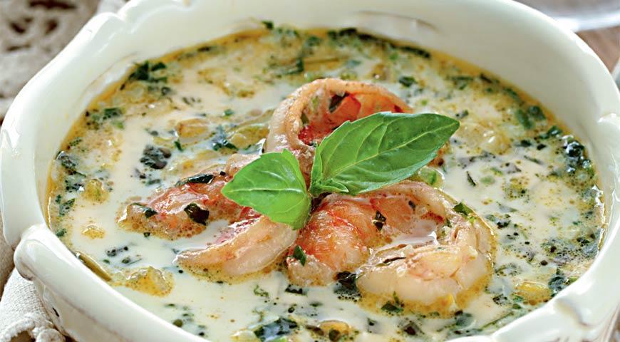 Потрясающий суп с креветками и сыром