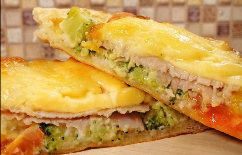 Обалденная горячая закуска за 20 минут: открытые пироги с начинкой
