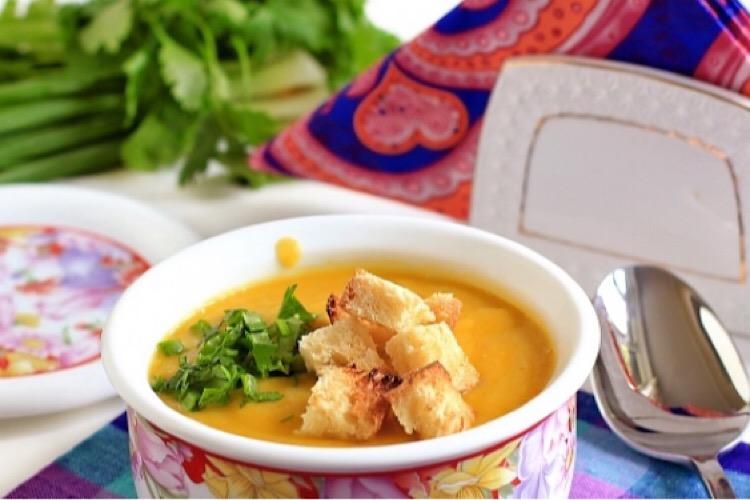 Вкуснейший суп-пюре с сухариками
