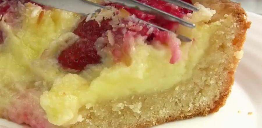 Кремовый клубничный пирог, который тает во рту