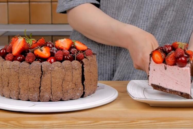 """Божественный торт """"Дары лета"""" для любителей муссовых десертов"""