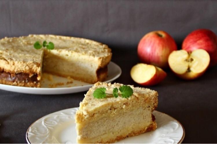 Потрясающе вкусный пирог с творогом и яблоками
