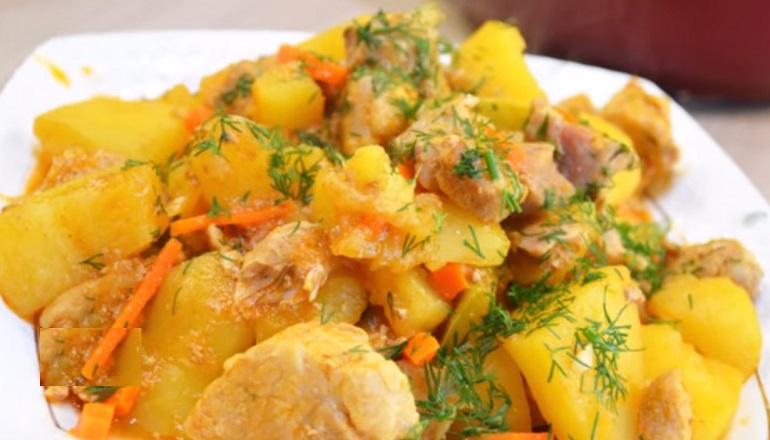 Изумительное жаркое с кабачками: диетическое блюдо без обжарки