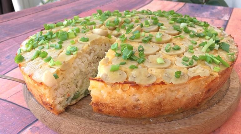 Крутой закусочный пирог: целый обед из духовки