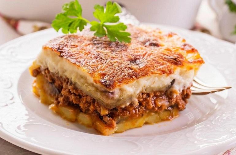 Изумительная греческая мусака: вкусное блюдо
