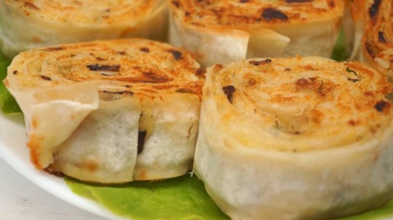 Рулеты из лаваша с картошкой и грибами: вкусный бюджетный ужин