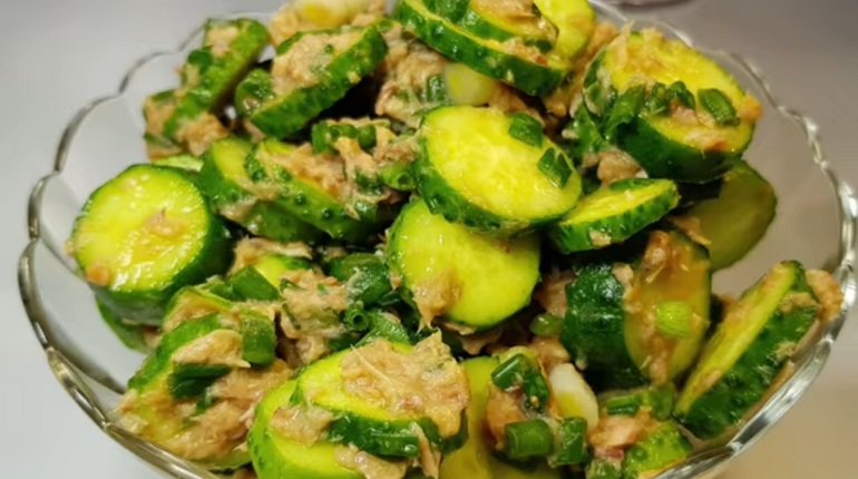 Самые простые и вкусные салаты с огурцами: лучшие рецепты