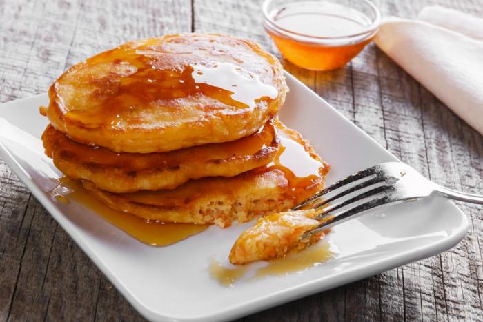 Морковные панкейки: рецепт вкусного и полезного завтрака