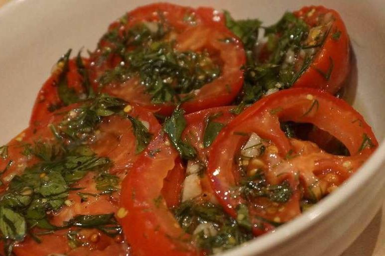 Обалденные маринованные помидоры с медом быстрого приготовления