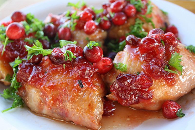 Невероятно вкусные куриные ножки в вишневом соусе