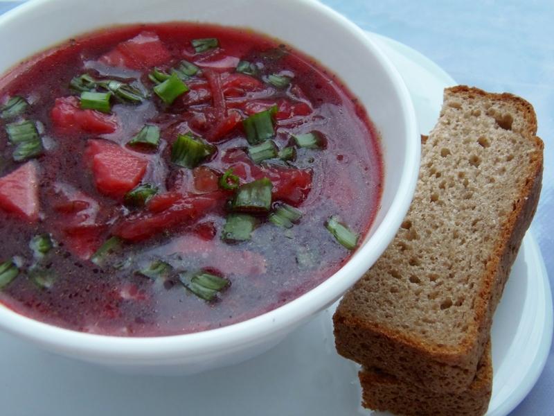 Освежающий свекольный суп