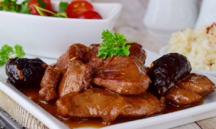 Обалденная тушеная телятина с черносливом