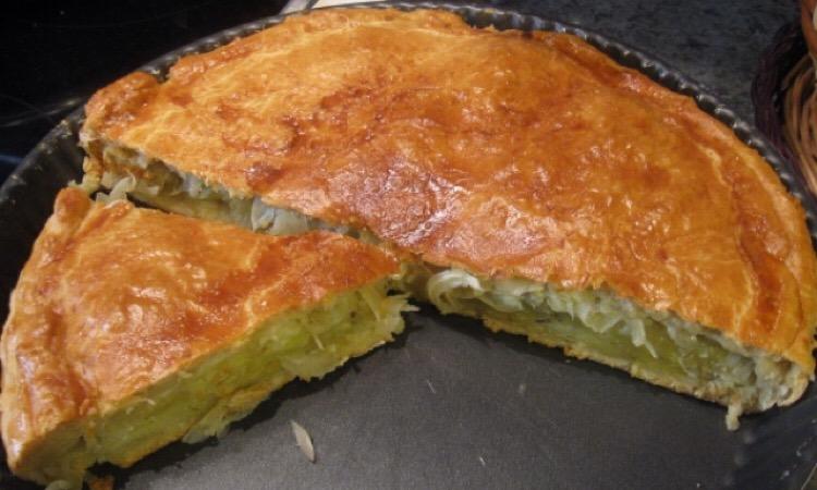 Обалденный закрытый пирог с картофелем и кабачком