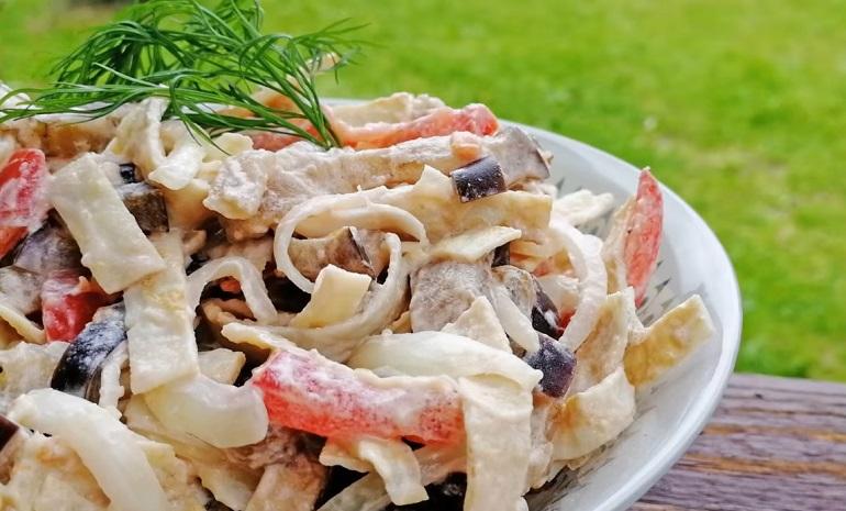 Интересный салат с баклажанами «Восхитительный»