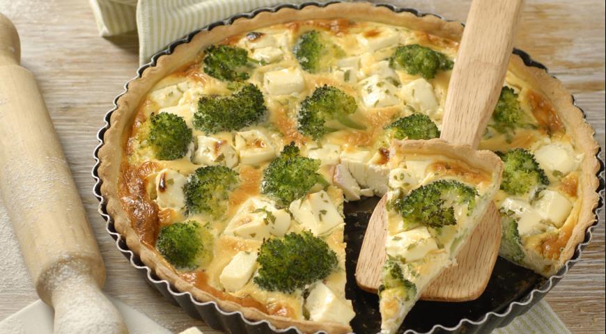 Открытый пирог - киш с брокколи и сыром
