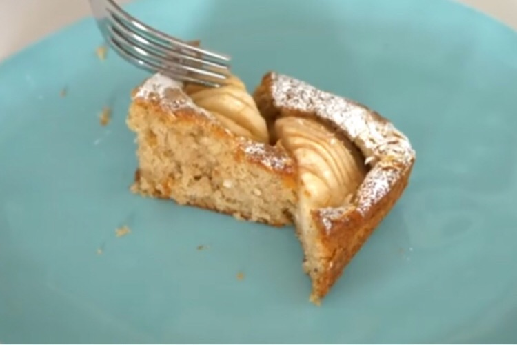 Потрясающий немецкий пирог с яблоками
