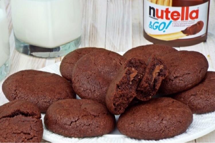 Отменное шоколадное печенье с нутеллой