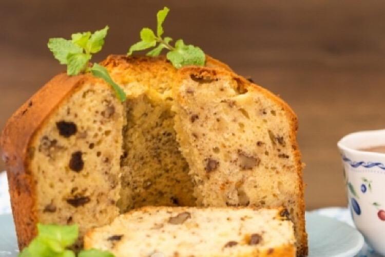 Восхитительный творожный кекс с орехами и изюмом