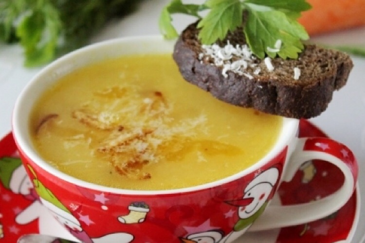 Отменный суп-пюре с картофелем и сыром