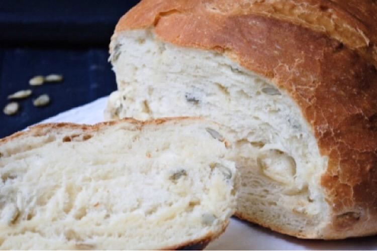 Обалденный хлеб с тыквенными семечками