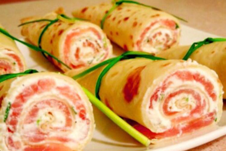Вкуснейшие блинчики фаршированные семгой и сливочным сыром