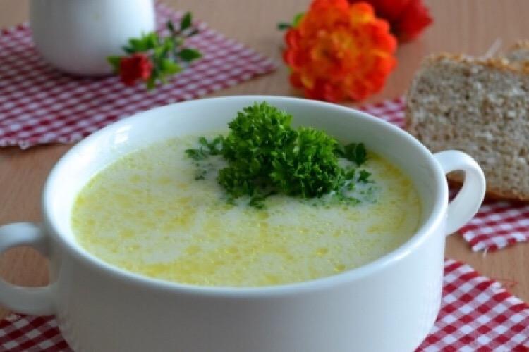 Восхитительный сырный суп с горошком