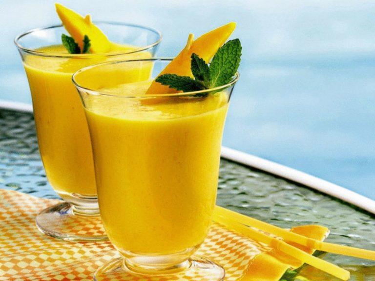 Вкуснейший смузи - завтрак из манго