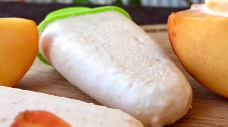 Йогуртовое мороженое с персиками: нет ничего проще