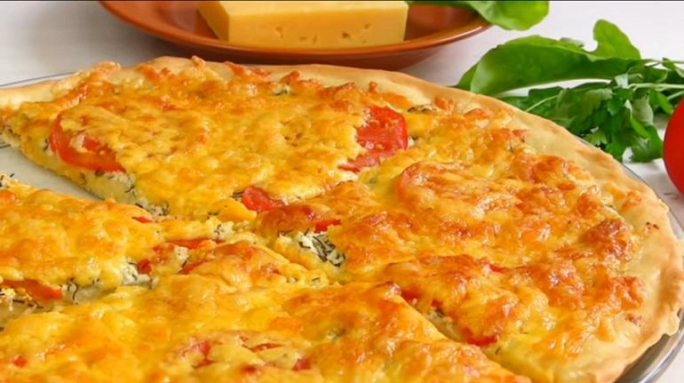 Пицца по-деревенски с творогом и сыром: идеальное тесто для пиццы