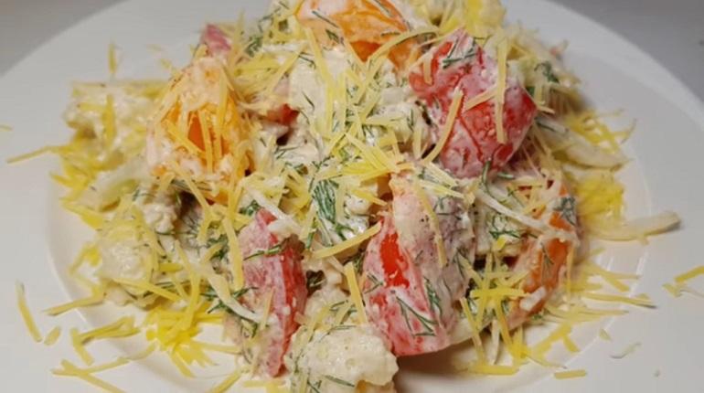 Простой салат на каждый день: самый вкусный и очень полезный