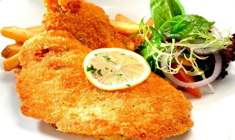 Шницели из куриного филе: молниеносный ужин на раз-два