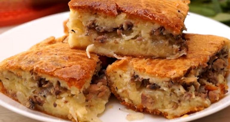 Заливной пирог с сайрой и картофелем: волшебно вкусный и быстрый