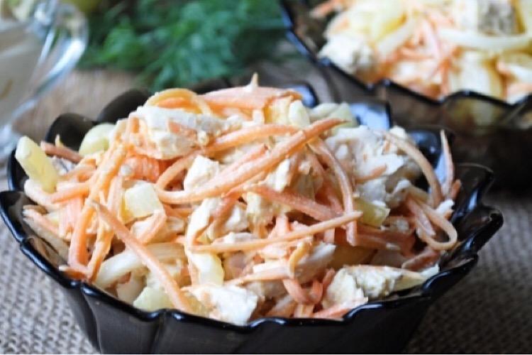 Обалденный салатик на каждый день из корейской моркови, курочки и перца