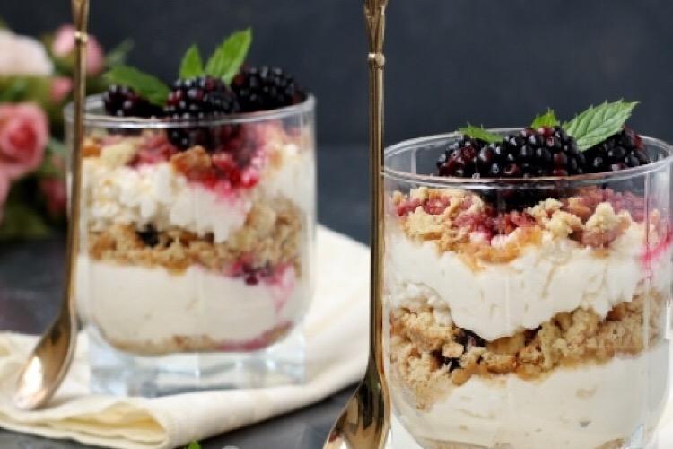 Божественный творожный десерт с ежевикой