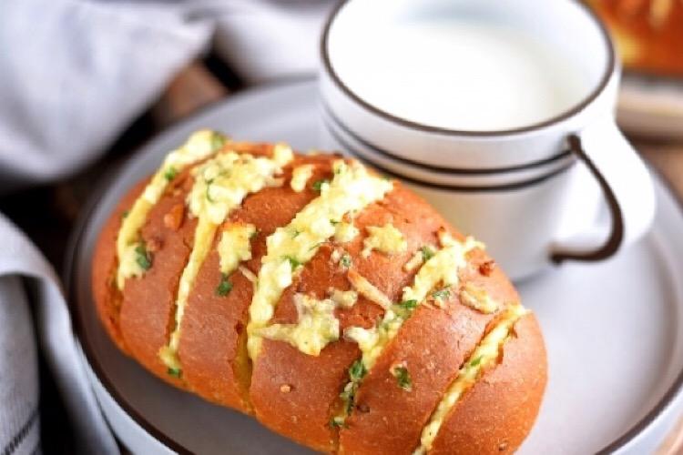 Отменные булочки с сыром и зеленью