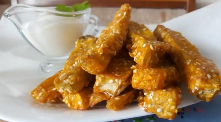 Баклажанные палочки с кунжутом: оригинальная закуска с потрясающим вкусом