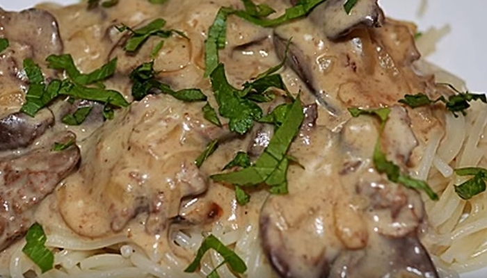 Невероятно вкусное блюдо из грибов и печени