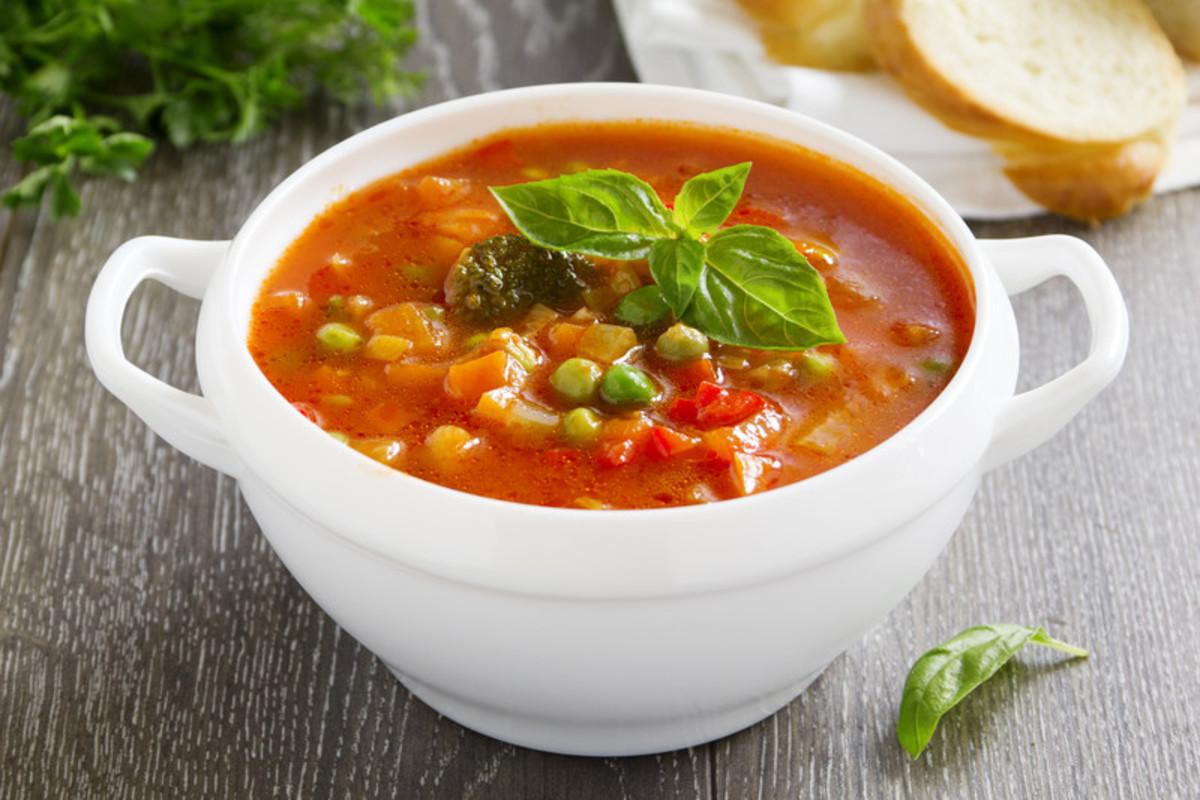 Минестроне - вкусный овощной супчик