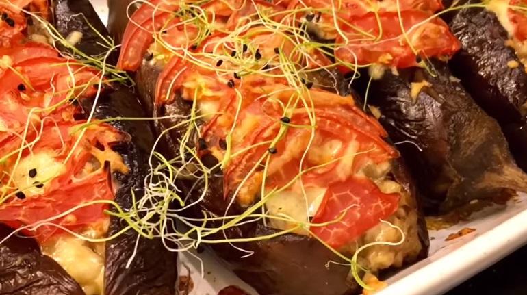Потрясающая закуска из баклажанов: улетает в один миг