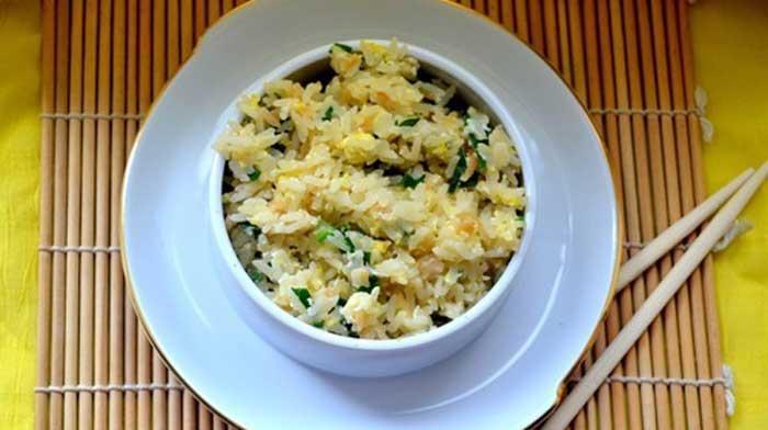 Необычный гарнир: рис с чесноком по-японски