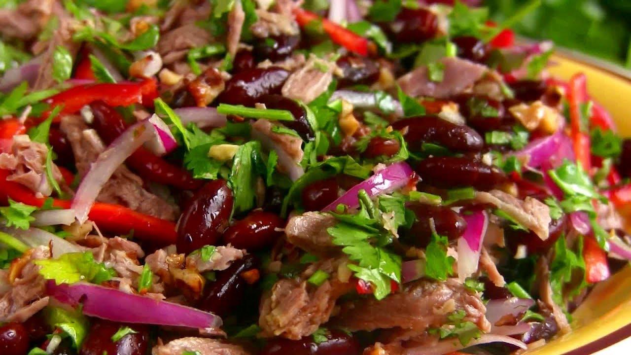 """Шикарный салат """"Тбилиси"""" с фасолью - невозможно оторваться"""